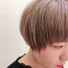 ナチュラル ショート ブリーチ かわいい ヘアスタイルや髪型の写真・画像