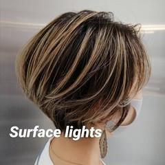 ショート ブリーチ ナチュラル ショートヘア ヘアスタイルや髪型の写真・画像