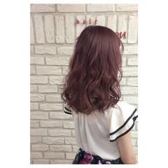 ガーリー ピンク セミロング レッド ヘアスタイルや髪型の写真・画像