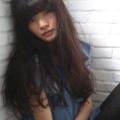 ブルージュ ロング 前髪パッツン 黒髪 ヘアスタイルや髪型の写真・画像