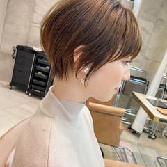 ベージュ ショートボブ ショートヘア ミニボブ ヘアスタイルや髪型の写真・画像