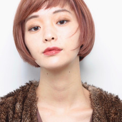 ピンク ミニボブ 艶髪 ダブルバング ヘアスタイルや髪型の写真・画像