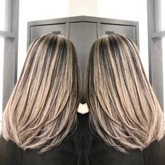 セミロング ストリート 外国人風カラー レイヤーカット ヘアスタイルや髪型の写真・画像