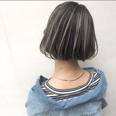 外国人風カラー パーマ ナチュラル グレージュ ヘアスタイルや髪型の写真・画像