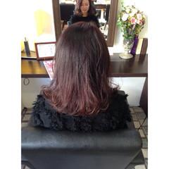 グラデーションカラー ミディアム ゆるふわ 暗髪 ヘアスタイルや髪型の写真・画像