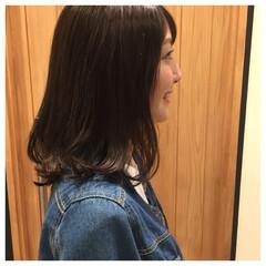 ヘアオイル リラックス ナチュラル デート ヘアスタイルや髪型の写真・画像