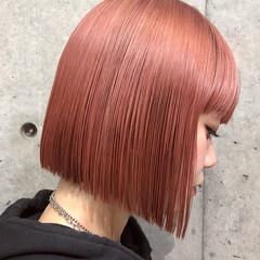 ピンク ストリート グレージュ 切りっぱなし ヘアスタイルや髪型の写真・画像
