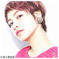 ショートバング ショート ピンク くせ毛風 ヘアスタイルや髪型の写真・画像