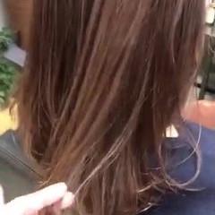 ミディアム ナチュラル コーラル ピンクベージュ ヘアスタイルや髪型の写真・画像