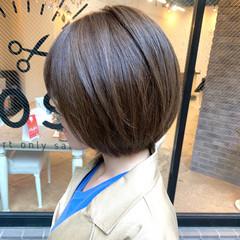 ショートヘア デート ショートボブ オフィス ヘアスタイルや髪型の写真・画像