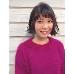 ミルクティー フリンジバング 色気 ガーリー ヘアスタイルや髪型の写真・画像