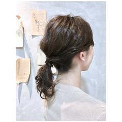 アッシュベージュ ヘアアレンジ 簡単ヘアアレンジ ベージュ ヘアスタイルや髪型の写真・画像