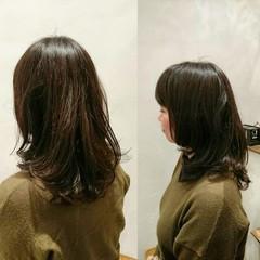 セミロング ウェーブ パーマ 女子会 ヘアスタイルや髪型の写真・画像