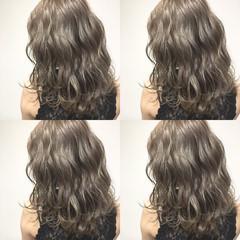 アッシュ 波ウェーブ ヘアアレンジ ハイライト ヘアスタイルや髪型の写真・画像