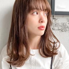 ゆるふわパーマ デジタルパーマ ミディアム ベージュカラー ヘアスタイルや髪型の写真・画像