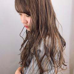 ロング ゆるナチュラル 大人かわいい ナチュラル可愛い ヘアスタイルや髪型の写真・画像