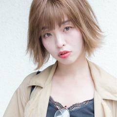 大人女子 アッシュ ナチュラル ラフ ヘアスタイルや髪型の写真・画像