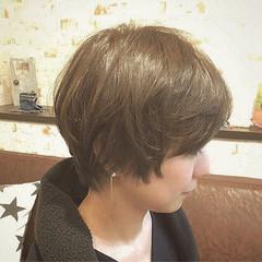 ナチュラル 大人かわいい アッシュ 外国人風 ヘアスタイルや髪型の写真・画像