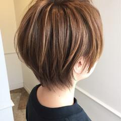 ブラウンベージュ ショート ベージュ ストリート ヘアスタイルや髪型の写真・画像