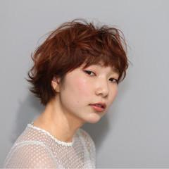 ガーリー マッシュ 外ハネ レッド ヘアスタイルや髪型の写真・画像
