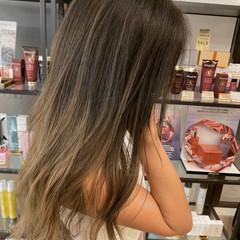 ストリート ロング グラデーションカラー エアータッチ ヘアスタイルや髪型の写真・画像
