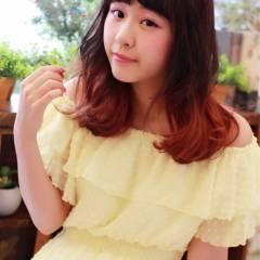 秋 ピンク ゆるふわ ミディアム ヘアスタイルや髪型の写真・画像