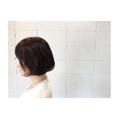 ボブ イルミナカラー 大人女子 ナチュラル ヘアスタイルや髪型の写真・画像