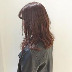 ダブルカラー ブリーチ モード 黒髪 ヘアスタイルや髪型の写真・画像
