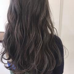 透明感 ダブルカラー 外国人風カラー グレージュ ヘアスタイルや髪型の写真・画像