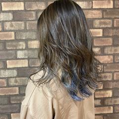 イルミナカラー グラデーションカラー ナチュラル アッシュグレー ヘアスタイルや髪型の写真・画像
