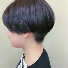 ショート モード 刈り上げ 前髪なし ヘアスタイルや髪型の写真・画像