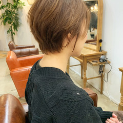 ショート パーマ くせ毛 ナチュラル ヘアスタイルや髪型の写真・画像