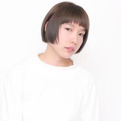 前髪あり アッシュ ハイライト ナチュラル ヘアスタイルや髪型の写真・画像