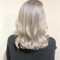 ブリーチカラー 透明感カラー ストリート ミディアム ヘアスタイルや髪型の写真・画像