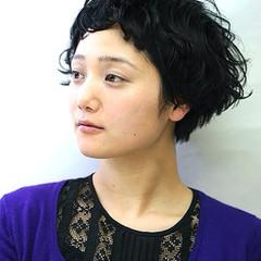 外国人風 ショート 前髪あり パーマ ヘアスタイルや髪型の写真・画像