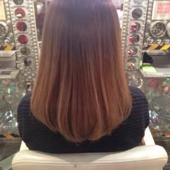 ミディアム ストリート パンク グラデーションカラー ヘアスタイルや髪型の写真・画像