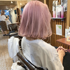 ピンク バレイヤージュ 結婚式 フェミニン ヘアスタイルや髪型の写真・画像