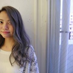 ホワイトアッシュ ブリーチ 上品 ロング ヘアスタイルや髪型の写真・画像