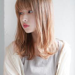 毛先パーマ 似合わせカット レイヤーカット セミロング ヘアスタイルや髪型の写真・画像