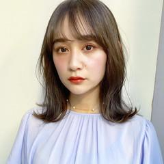 フェミニン レイヤーカット レイヤースタイル 鎖骨ミディアム ヘアスタイルや髪型の写真・画像
