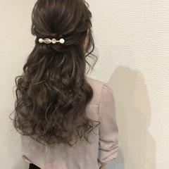 ハーフアップ エレガント 上品 ロング ヘアスタイルや髪型の写真・画像