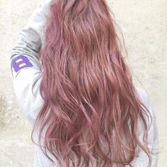 ピンク ロング 外国人風カラー レッド ヘアスタイルや髪型の写真・画像
