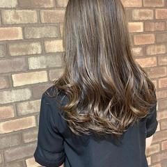 ロング 3Dハイライト 艶髪 ナチュラル ヘアスタイルや髪型の写真・画像