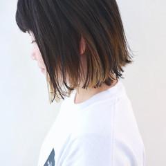 グレージュ 外ハネ インナーカラー グラデーションカラー ヘアスタイルや髪型の写真・画像