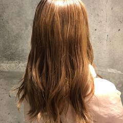 ヌーディベージュ ストリート ベージュ ロングヘア ヘアスタイルや髪型の写真・画像