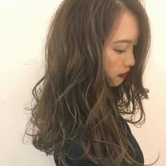 成人式 ロング ローライト ナチュラル ヘアスタイルや髪型の写真・画像