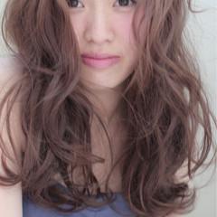 外国人風 ピュア ナチュラル ゆるふわ ヘアスタイルや髪型の写真・画像