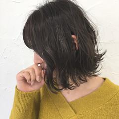 ミルクティー デート ボブ 色気 ヘアスタイルや髪型の写真・画像