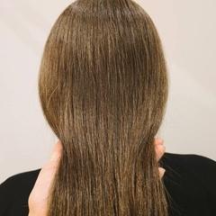 グレージュ ナチュラル お洒落 オリーブグレージュ ヘアスタイルや髪型の写真・画像