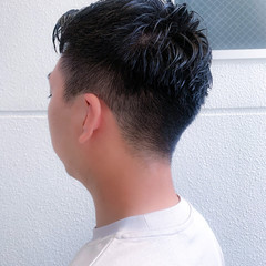 メンズカット 黒髪 ストリート フェードカット ヘアスタイルや髪型の写真・画像